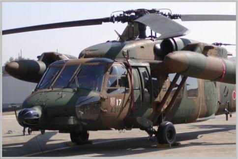 ホバリングする陸自のUH-60JAが賞賛された理由