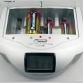アルカリ電池を充電する