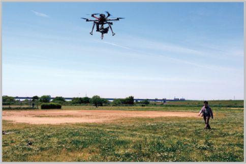 プロ仕様ドローン空撮は安定飛行と絶妙アングル