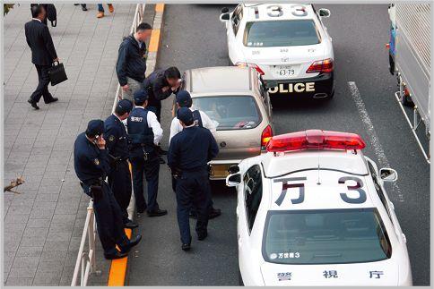 職務質問は任意だが拒否し続けると現行犯逮捕!?