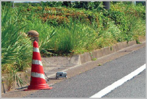 速度違反のネズミ捕りはレーダー式か光電式