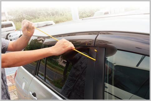 車上荒らしが使うオリジナル解錠ツールを検証