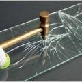 飛散防止フィルムで窓割り侵入を防犯対策する