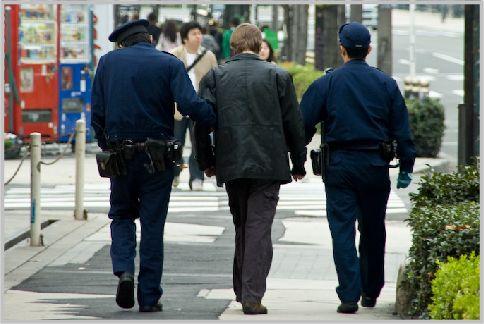 警察用語でやどは留置場で別荘は刑務所のこと
