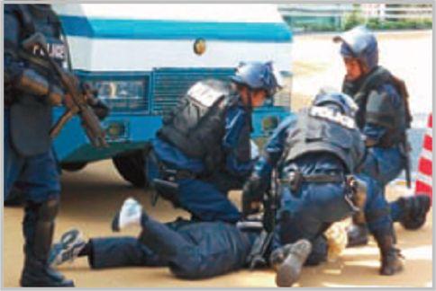 銃器対策部隊は全国の警察本部に配置されている