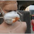 催涙スプレーは防塵マスクでないと防ぎきれない