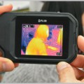 サーモグラフィ撮影ができる多機能赤外線カメラ