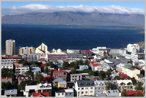 パナマ文書でアイスランド首相が辞任する経緯