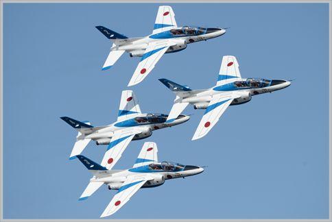ブルーインパルスの演技で機体の最短距離は1m