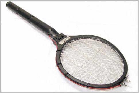 蚊を退治する電撃ラケットをパワーUPしてみた