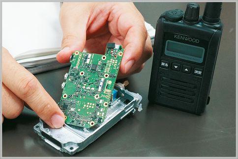 デジタル簡易無線が1枚基板に集約できた理由