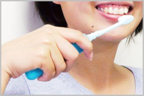 電動歯ブラシは100均の電動消しゴムで代用可能