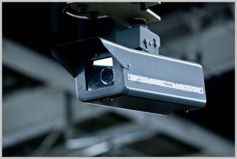 監視カメラアプリを使って無料の防犯システム