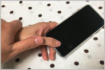 iPhone指紋認証は寝ている人の指で解除できる