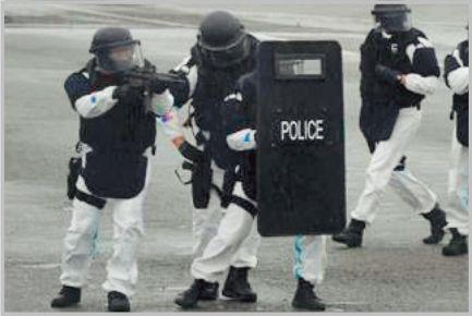 警察の特殊部隊には「SAT」と「SIT」がある