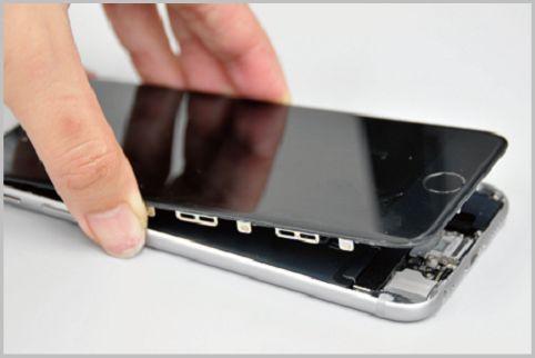 iPhoneが分解できる工具セットでバッテリー交換
