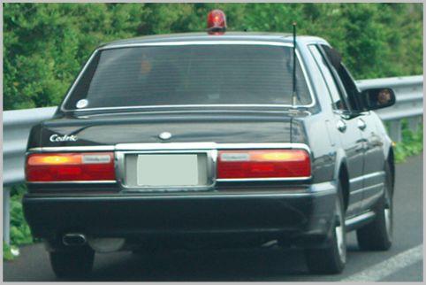 覆面パトカーによる高速の自損事故は意外に多い