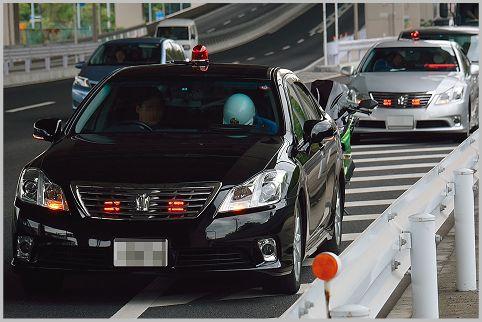 交通取り締まりの覆面パトカーを見抜く方法とは