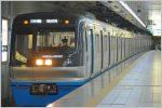 地下鉄の列車無線は微弱な電波の誘導無線を採用