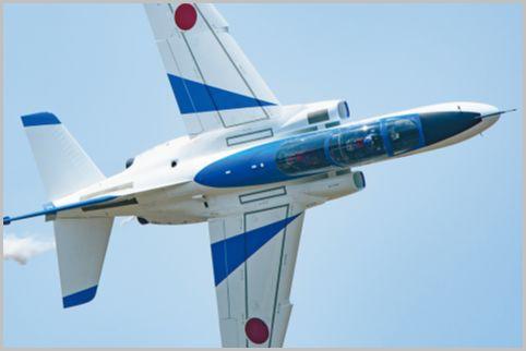 ブルーインパルスのパイロットの肉声は迫力満点