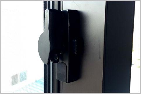 空き巣の防犯対策は「ガラス破り」を徹底マーク