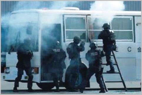 警察の特殊部隊が装備している自動拳銃とは?