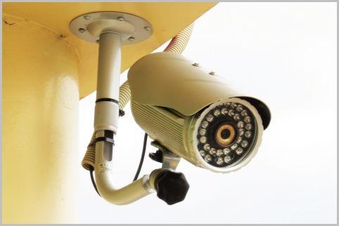 防犯カメラの設置をプロがやるときの工事費用は?