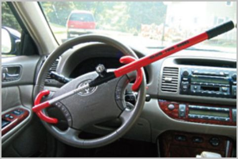 ハイエース盗難対策はタイヤやハンドルのロック