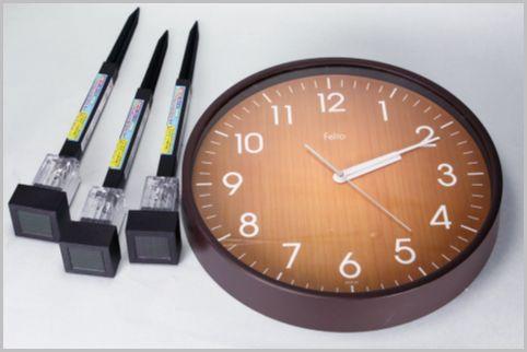 暗くなると自動点灯する壁掛け時計を100均DIY