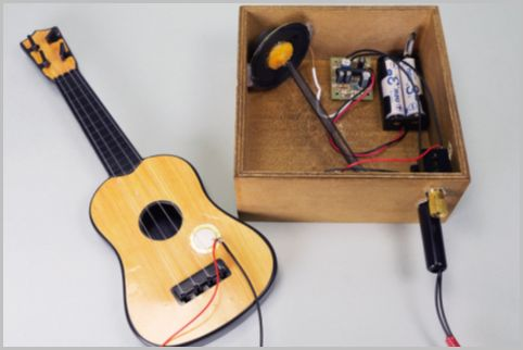100均のおもちゃギターをエレキ化して爆音改造