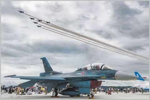 航空祭の見どころは「地上展示」と「展示飛行」