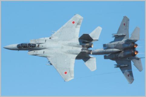 航空祭の展示飛行でF-15Jが使う航空無線は?