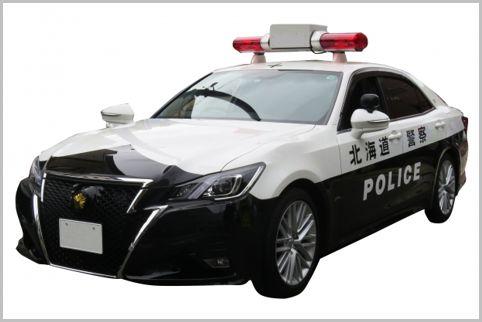 交通機動隊の201系クラウンパトカー