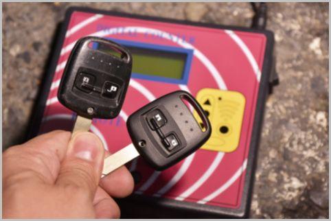 車のリモコンキーには一瞬でコピーされる危険性