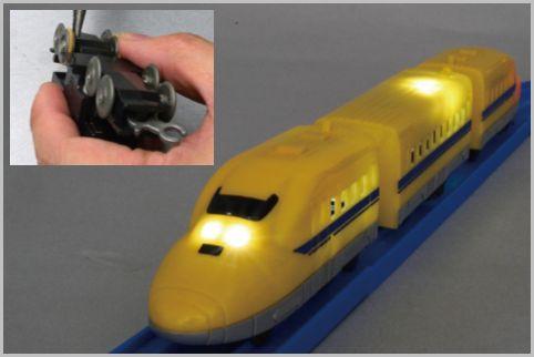 100均プチ電車を改造してプラレールで走らせる