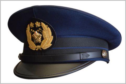 自宅で警察官になりきるためのグッズ購入ガイド