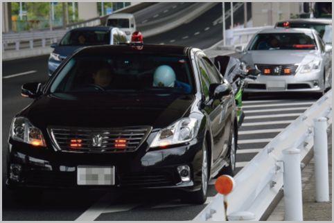 交通取締りの覆面パトカーを見破る外見的な特徴