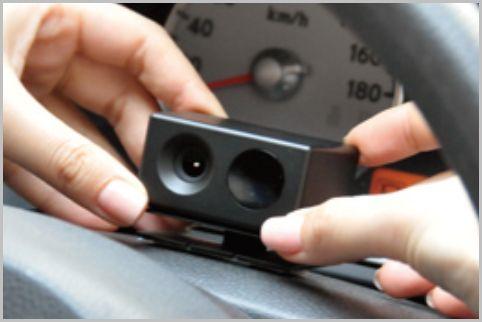 顔認識で居眠り運転を防止する警報器の使い心地