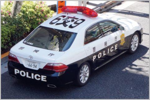交通取締りが専門の白黒パトカーを見分ける方法