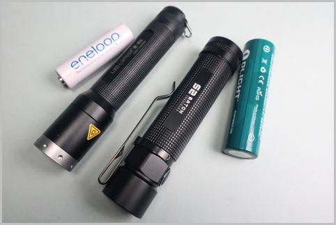 電池で選ぶ小型LEDフラッシュライトおすすめ2機種