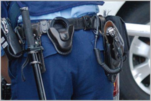 制服警察官が所持する回転式拳銃は3種類が存在