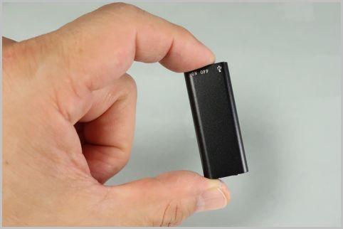 全長5センチの世界最小クラスのICレコーダー