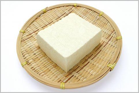 筋肉をつける食事で豆腐は絹ごしと木綿どっち?