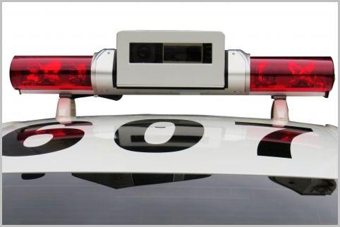 車載式レーザー搭載パトカーを見分けるポイント