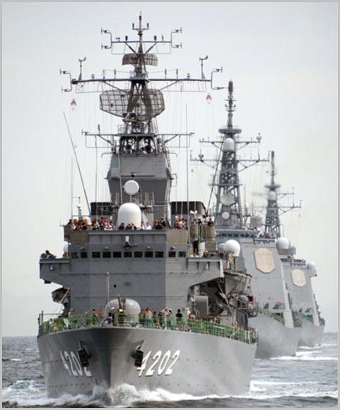 3年に一度開催される海上自衛隊「観艦式」とは?