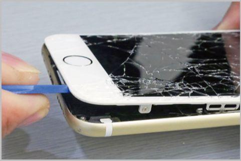 iPhoneのディスプレイとバッテリーを自力で交換