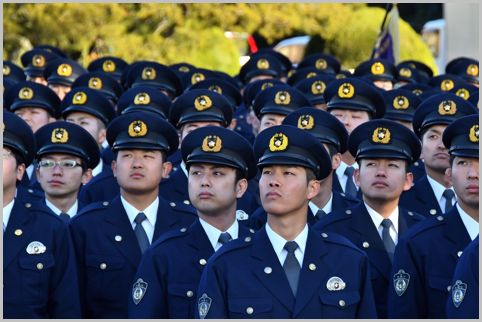 警察学校は学生であっても全員巡査で給料も出る