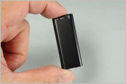世界最小クラスのICレコーダーはわずか5センチ