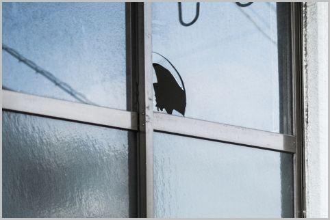 空き巣の侵入「ガラス破り」の次に多い手口は?