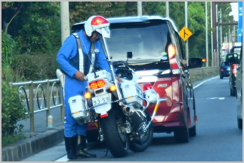 減少傾向にある交通違反で増えている違反とは?